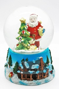 ^ Weihnachtsmann Schneekugel 14,5 cm mit Weihnachtsbaum und Geschenken